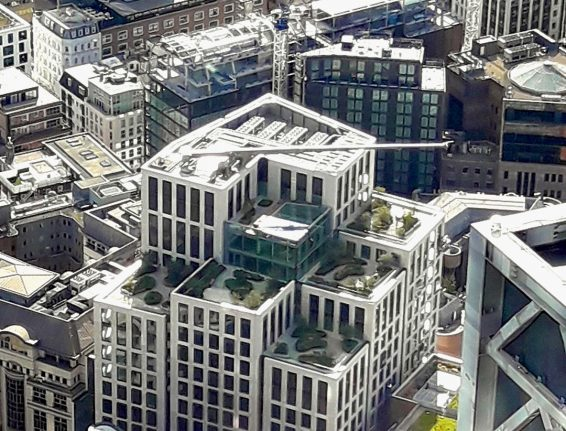 CoxGomyl engineers facade access solutions for atriums, skybridges and sky gardens